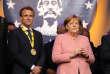 Lors de la remise du prix Charlemagne à Emmanuel Macron, le 9 mai à Aix-la-Chapelle, la tension avec Angela Merkel atteint un sommet.