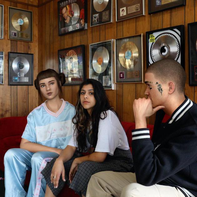 Miquela Sousa a également enregistré des titres de R'n'B, ici avec l'avatar Ronnie Blawko (50 200 abonnés sur Instagram) et la chanteuse bien réelle Wens.