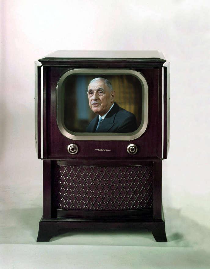 Charles de Gaulle sur le petit écran (photomontage).