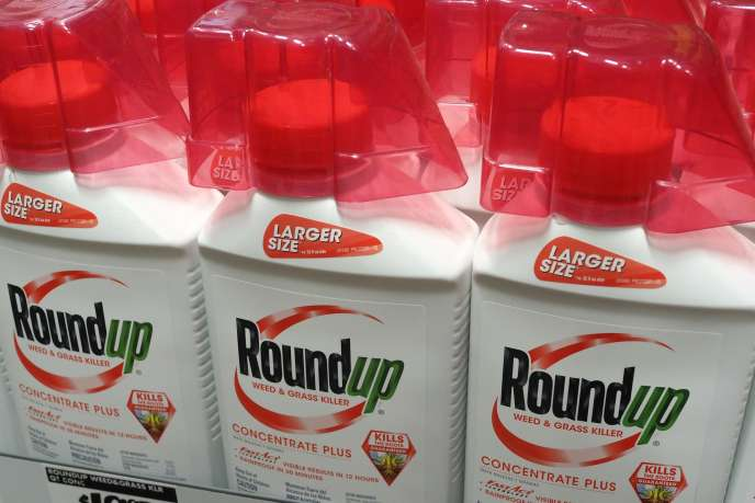 Des bouteilles de Roundup, à Glendale (Californie), le 19 juin.