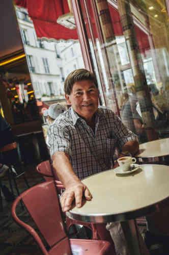 Daniel Salahun, client des Deux Moulins:« J'aime l'ambiance de bistrot. Discuter au bar avec des personnes que l'on ne connaît pas vraiment.»