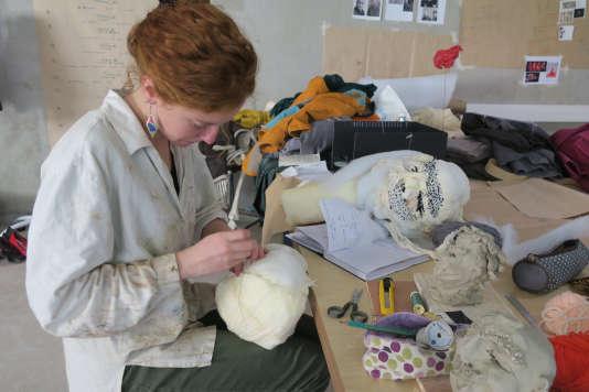 Atelier de construction de marionnettes pour le spectacle de fin d'année « Parade » ‒ Jeanne Marquis.