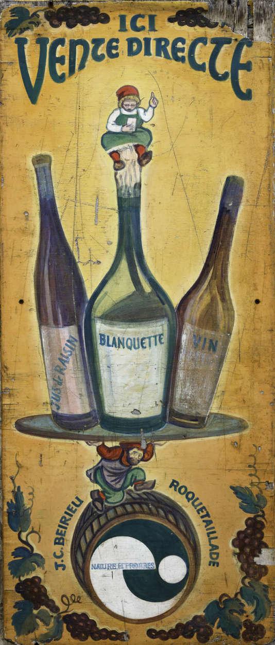 Ancienne affiche publicitaire pour les vins J.-C. Beirieu, à Roquetaillade, dans le Limouxin.