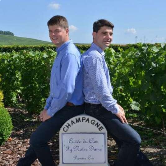 Emmanuel (à gauche) et Charles Fourny, copilotes de la maison de champagne de Vertus (Marne).