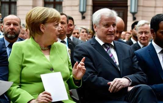 Angela Merkel et sonministre de l'intérieur, Horst Seehofer, à Berlin, le 20 juin 2018.