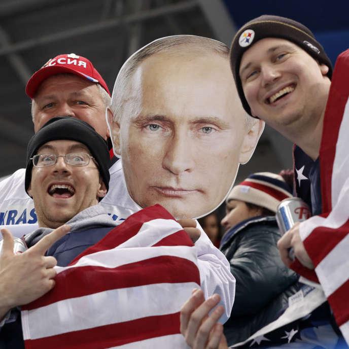 A Pyeongchang lors des Jeux Olympiques d'hiver peu avant le match dehockey entre les Etats-Unis et la Russie le 17 février.