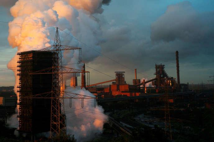 Une aciérie du groupe ThyssenKrupp à Duisbourg en Allemagne, en 2012.