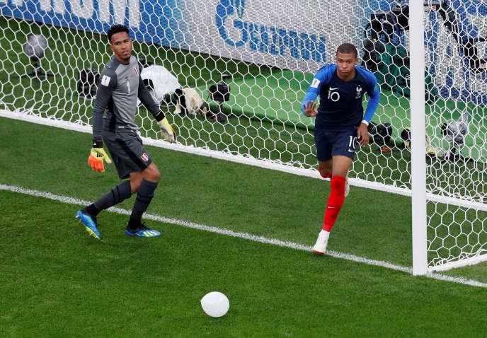 Kylian Mbappé, buteur contre le Pérou