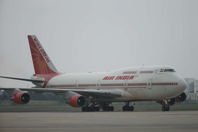 L'avion d'Air India transportant le premier ministre Narendra Modi au sommet de l'Organisation de Coopération de Shanghaï (OCS), à Qingdao (province chinoise du Shandong), le 9 juin.