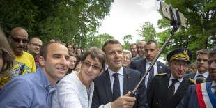 Emmanuel Macron, président de la république, participe à une cérémonie sur la tombe de Georges Clemenceau à Mouchamps en Vendée, mercredi 13 juin 2018