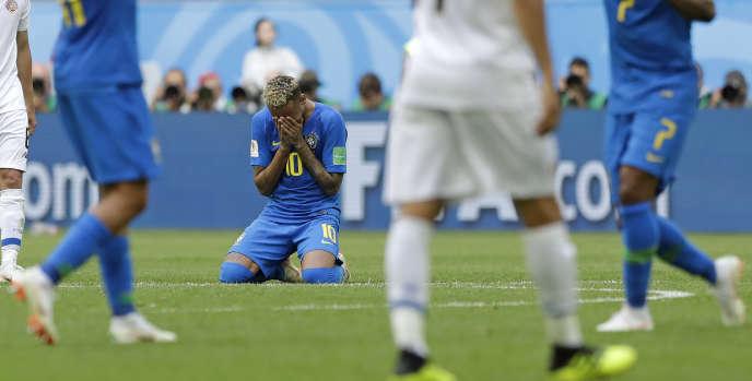 Neymar en larmes après la rencontre face au Costa Rica, vendredi 22 juin.