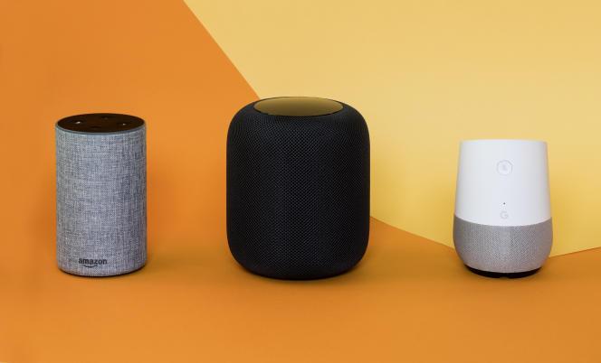 Enceintes connectées d'Apple, Google et Amazon.