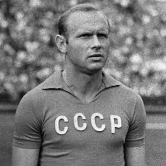 Eduard Streltsov lors d'un match de l'équipe d'URSS, en 1964.