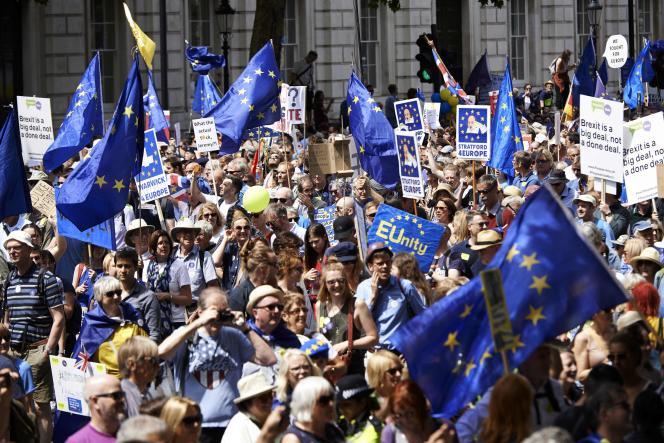 A Londres, lors de la manifestation anti-Brexit, le 23 juin.