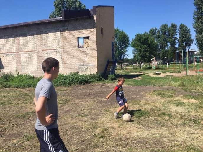 Football de village.