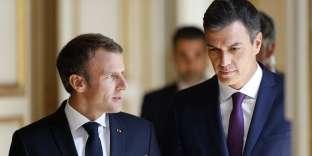 Emmanuel Macron à reçu à l'Elysée, le 23 juin, le nouveau chef du gouvernement espagnol, Pedro Sanchez.