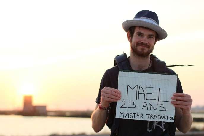 Maël, 23 ans, bientôt en master traduction.
