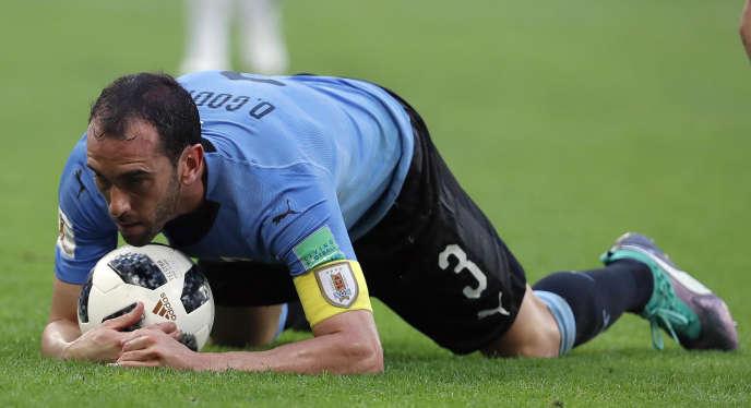 L'Uruguay, une équipe composée de 11 gardiens de but. Ici, Diego Godin, défenseur.