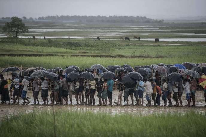 Environ 700 000 musulmans rohingya ont fui depuis août2017 l'ouest de la Birmanie sous la pression d'opérations militaires et ont trouvé refuge au Bangladesh.