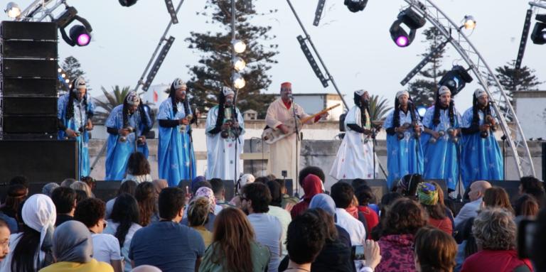 Au Festival d'Essaouira, la culture gnaoua plus vivante que jamais