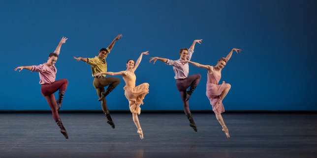 « Dances at a Gathering », une chorégraphie de Jerome Robbins, par le New York City Ballet.