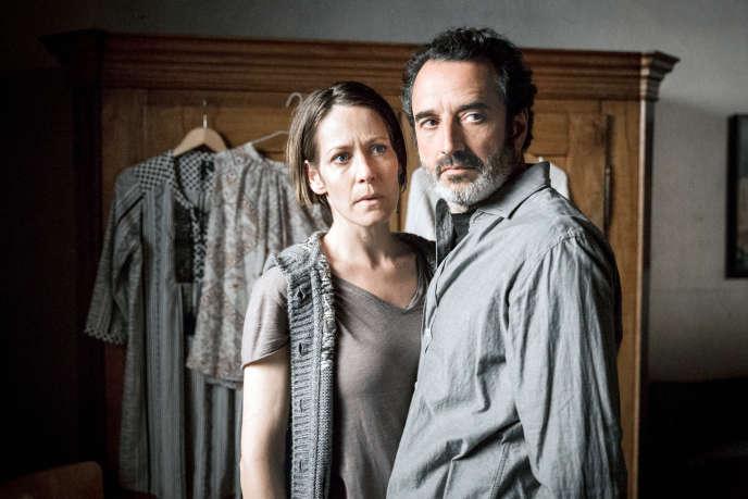Caroline Pfister (Stéphanie Japp) et son mari Arnaud (Bruno Todeschini) dans«Private Banking», de Bettina Oberli.
