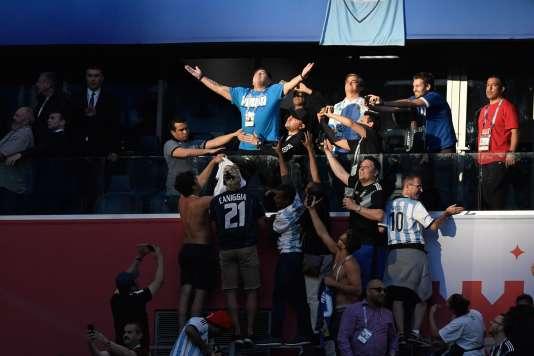 Diego Maradona, après le premier but de l'équipe d'Argentine, mardi26 juin 2018.