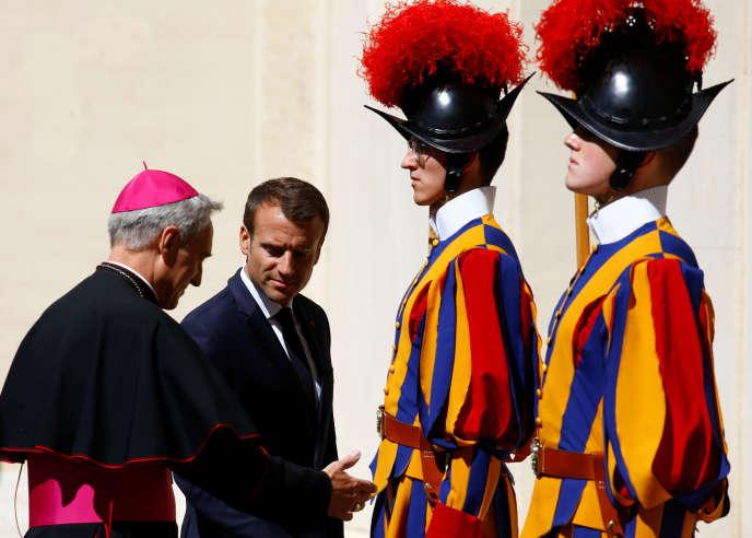 Emmanuel Macron, mardi 26 juin, au Vatican.