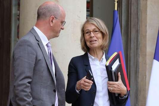 Françoise Nyssen, ministre de la culture, au côté de Jean-Michel Blanquer, ministre de l'éducation nationale, à l'Elysée,le 12 juin.
