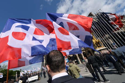 Des membres de l'Œuvre francaise, lors d'une manifestation à l'appel des monarchistes de l'Action française, en2013.