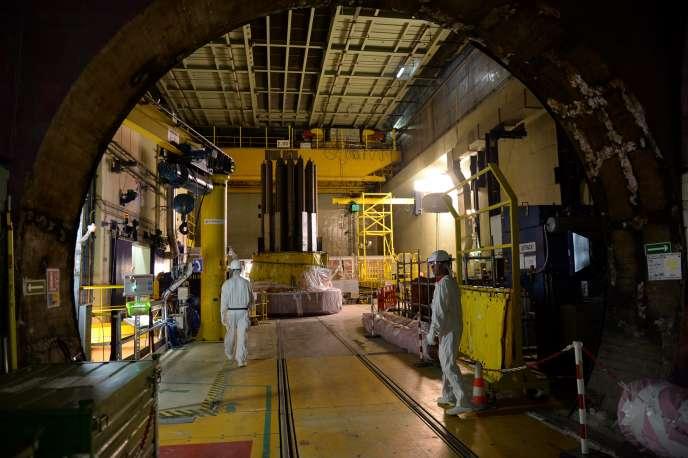 Opérations de démantèlement du réacteur souterrain de Chooz dans les Ardennes, le 10 mai 2017.