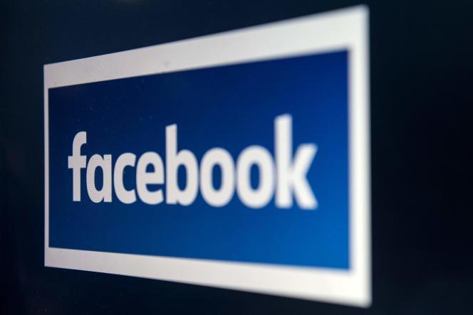 Facebook est l'une des plates-formes visées par le projet de loi sur les« fausses informations».