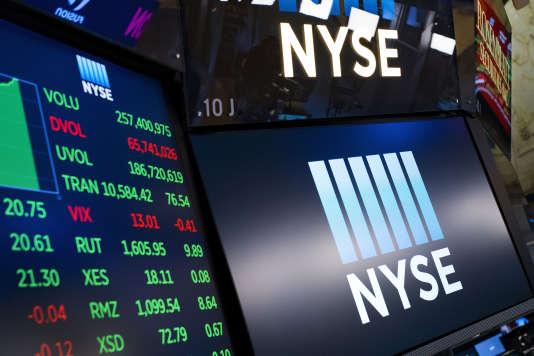 «On invoque usuellement deux mécanismes par lesquels le court-termisme mettrait en danger l'avenir économique d'une entreprise cotée en Bourse.» (Le NYSE, à New York).