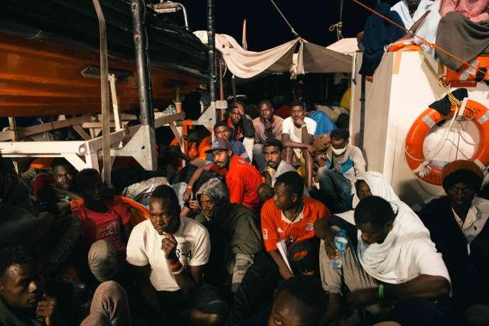 A bord du navire« Lifeline», au large de l'île de Malte, le 25 juin.