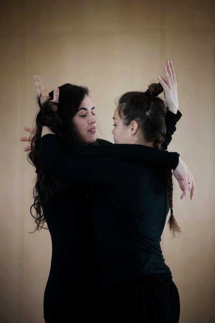 Silvia Pérez Cruz et Rocio Molina, dans« Grito Pelao», projet intime de la chorégraphe.