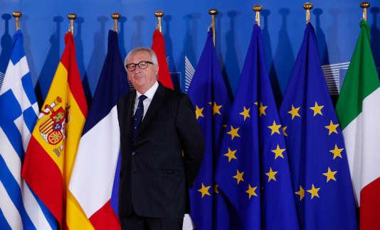Le président de la Commission européenne, Jean-Claude Juncker, lors du mini-sommet, improvisé et «informel» à Bruxelles, le 24 juin.