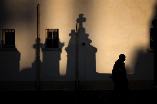 Le renvoi devant le tribunal de MgrAndré Fort est une première pour l'épiscopat français depuis le procès de MgrPierre Pican en 2001.
