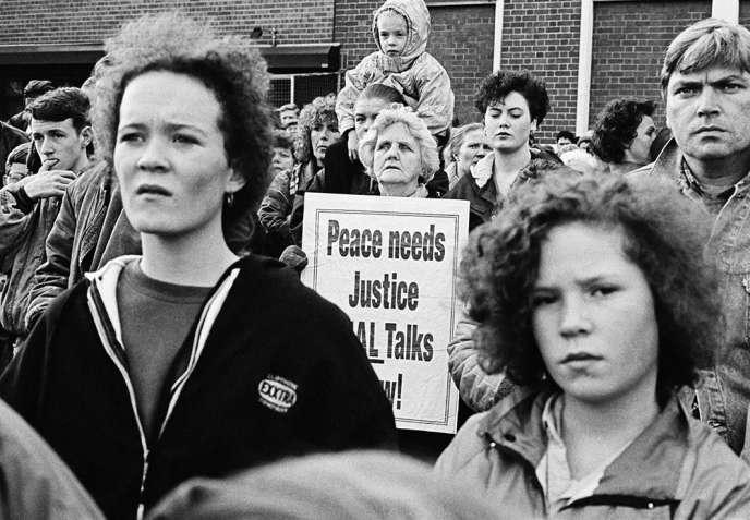 « Manifestation pour les accords de paix», de Gilles Favier.