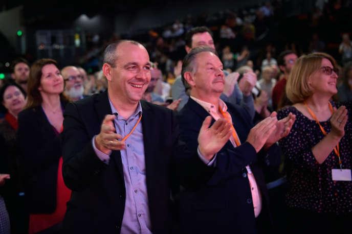 «La légitimité des syndicats n'est pas fondée en droit sur le nombre de leurs militants, mais bien sur leurs résultats aux élections professionnelles» (Laurent Berger (à gauche) lors de sa réélection à la tête de la CFDT, à Rennes, le 7 juin).