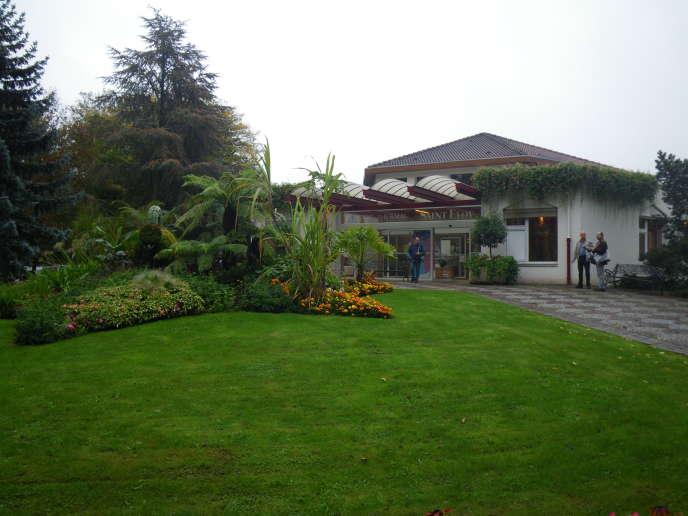 La cure Saint-Eloy d'Amnéville-les-Thermes (Moselle)est classée 8edes 110 établissements thermaux français en 2017 par le nombre de curistes pris en charge par la Sécurité sociale.
