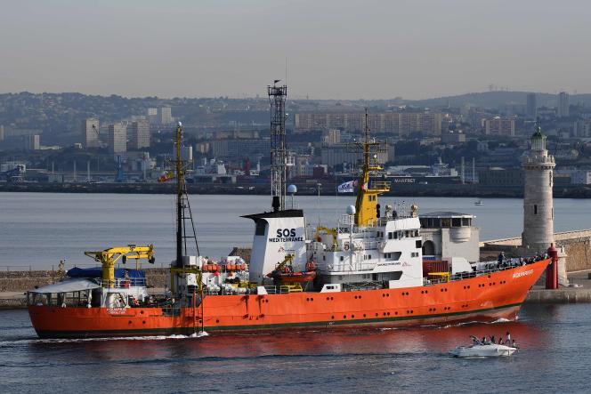 L'« Aquarius» fait une escale technique à Marseille, le 29 juin.