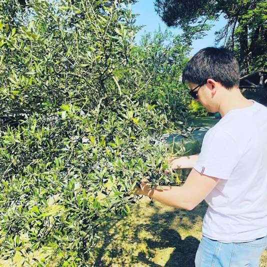 Coach paysagiste,Florian Préault a remporté le deuxième prix du concours de start-up des territoires ruraux 2018 du Campus numérique47 à Agen avec son Extérieur Creative Box.