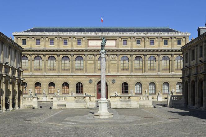 La façade de l'Ecole nationale supérieure des beaux-arts (Ensba) de Paris.