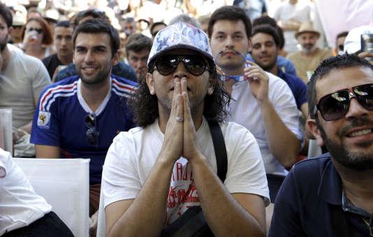 Des supporteurs pendant le match France-Argentine de la Coupe du monde 2018, le 30 juin.