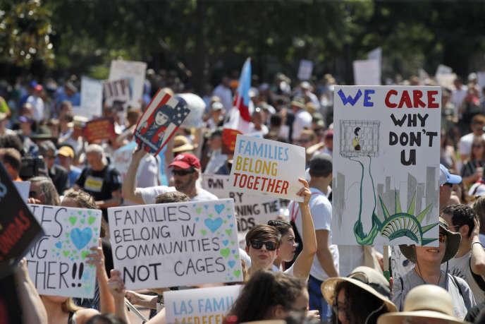 L'un des grands rassemblements avait lieu à proximité de la Maison Blanche à Washington.