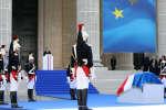Emmanuel Macron : Simone Veil est « accueillie parmi les héros français »