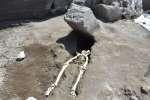 Un corps retrouvé à Pompéi, en mai 2018.