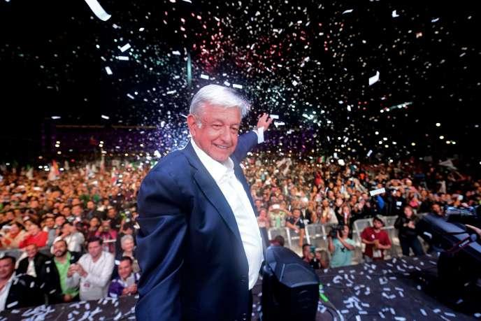 Andres Manuel Lopez Obrador après l'annonce de sa victoire à l'élection présidentiel mexicaine, le 1er juillet à Mexico.