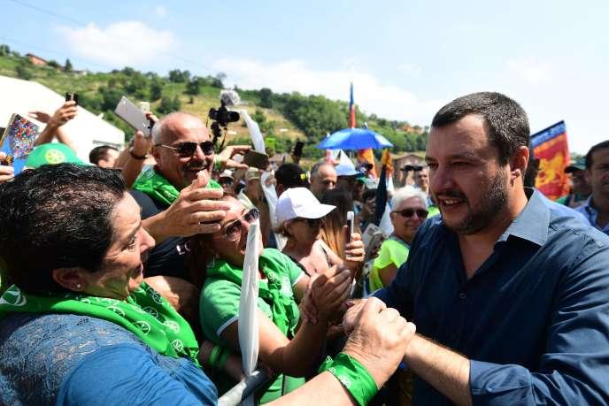 Matteo Salvini, le ministre de l'intérieur italien, lors de la réunion annuelle du parti d'extrême droite la Ligue, à Pontida (Italie), le 1er juillet.