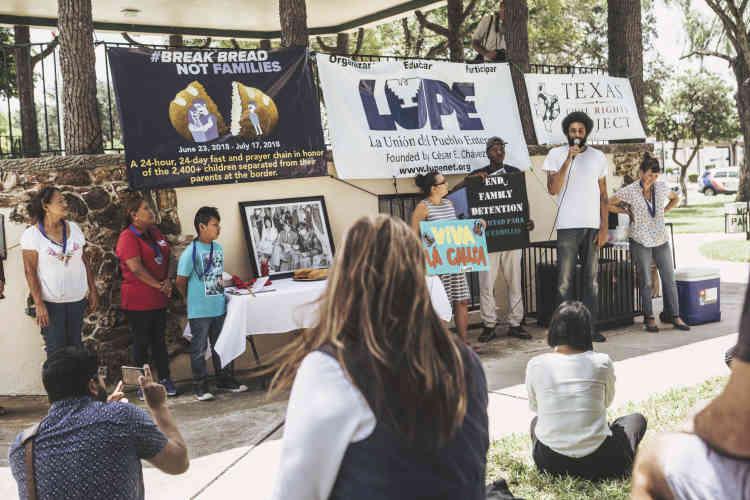 Rassemblement contre la politique migratoire de Donald Trump, àArcher Park, un jardin public de McAllen.